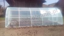 Tunel foliowy 6x3 z PVC chroniący grządki z warzywami