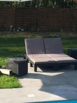 Wygodne leżaki basenowe z poduszkami Daytona grafit