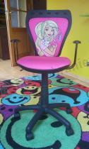 Wytrzymałe krzesło obrotowe Ministyle Black Barbie z Pieskiem