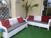 Zestaw dwóch białych sof dla 3 osób Keter Corfu Curver