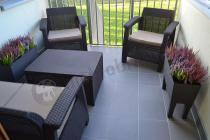 Zestaw mebli ogrodowych Corfu Curver ze stolikiem skrzynią