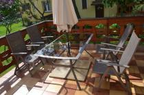 Zestaw ogrodowy aluminiowy Mocca na przydomowym tarasie