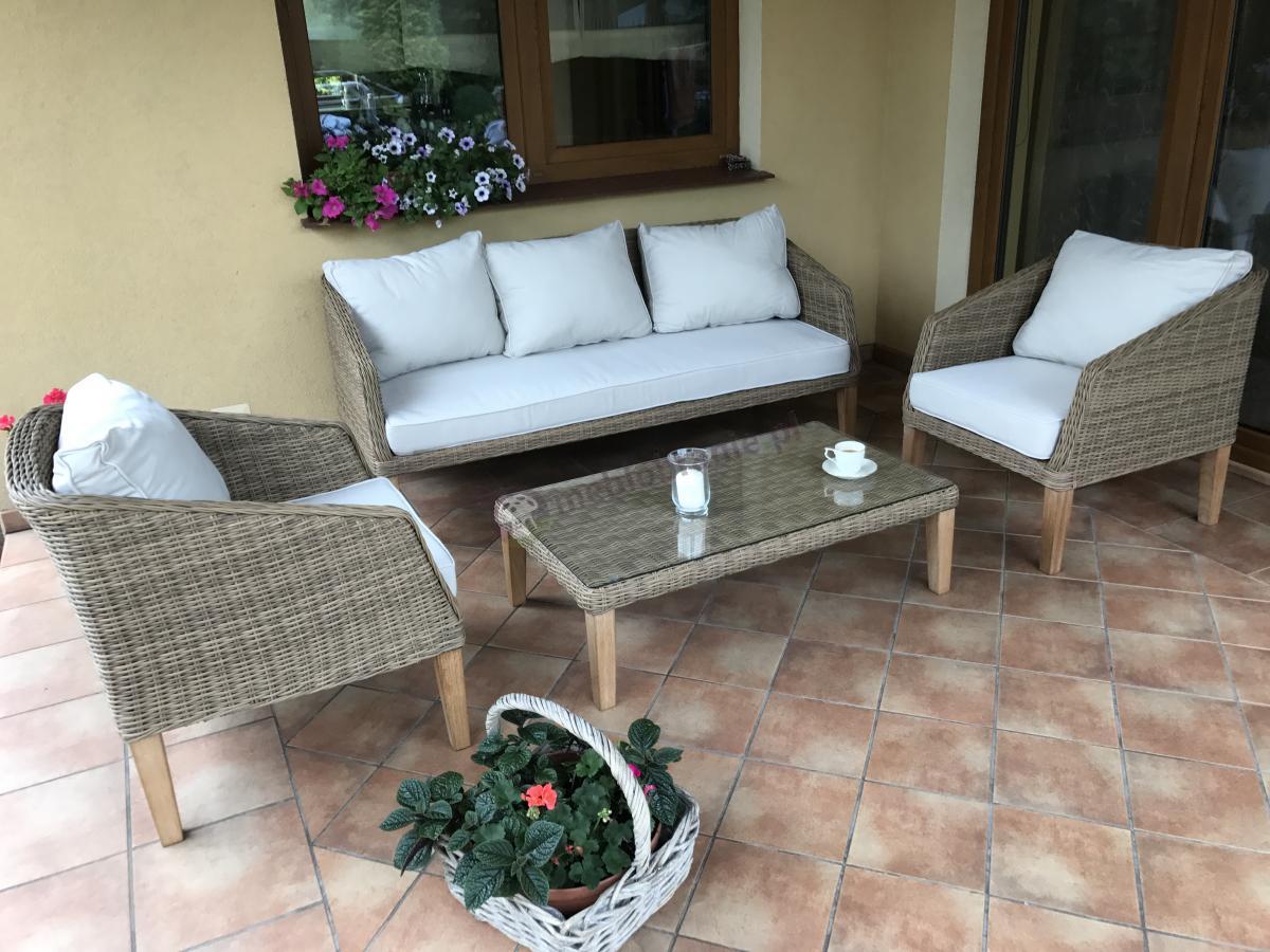 Skandynawskie meble ogrodowe z drewnianymi nogami Gambito