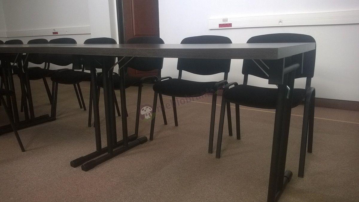 Składany stół konferencyjny wenge z czarnym stelażem