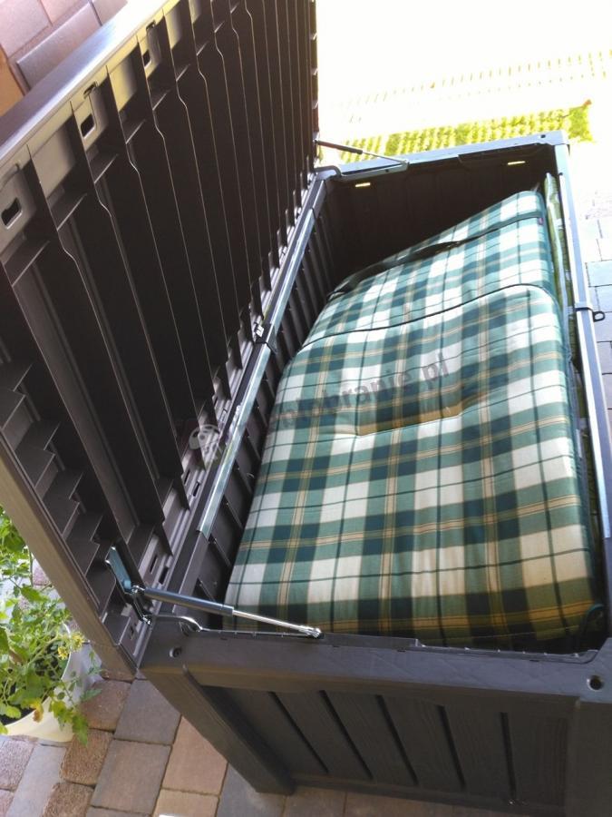 Skrzynia na poduszki ogrodowe Keter Rockwood Box