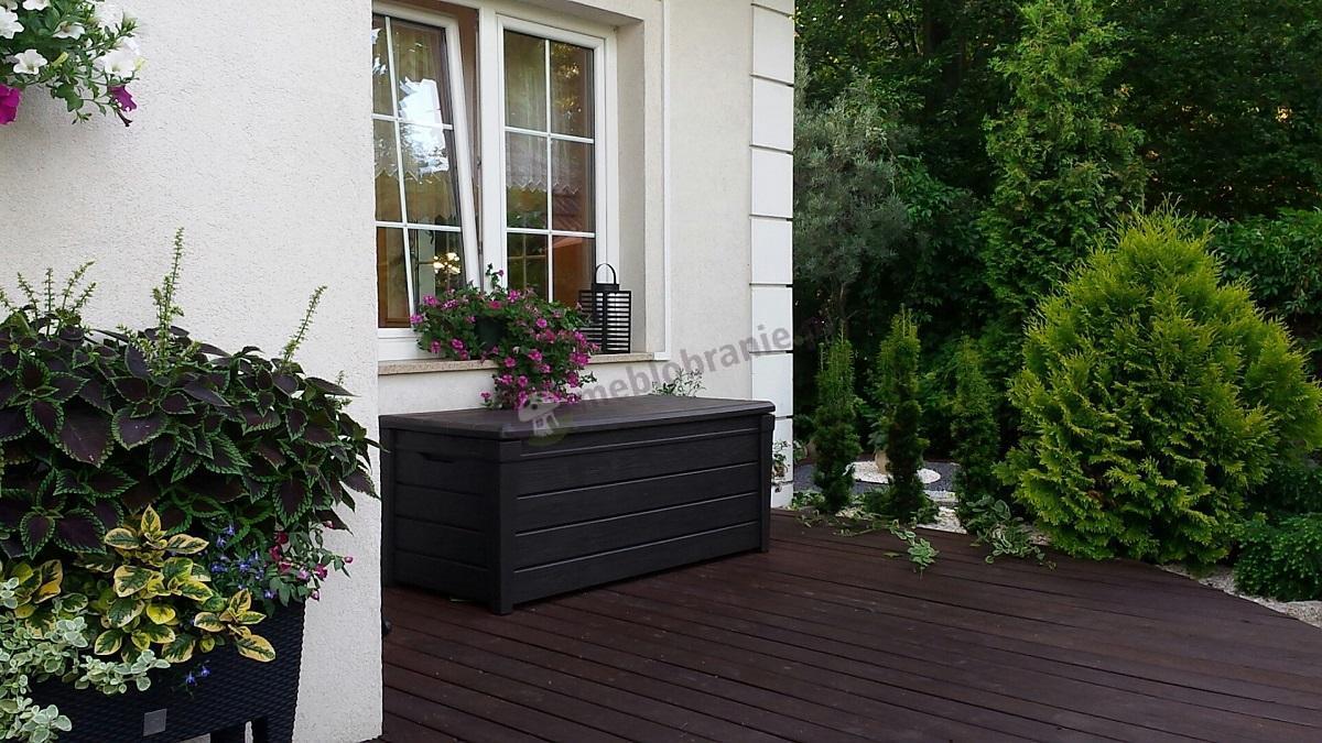 Skrzynia ogrodowa wyglądająca jak drewniana Brightwood Box