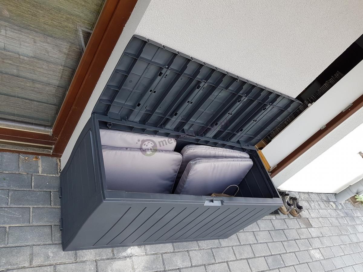 Skrzynia ogrodowa z poduszkami z zestawu Delano Set Keter Curver