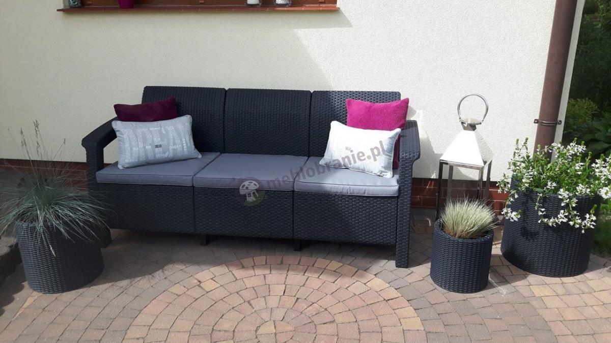 Sofa do ogrodu dla 3 osób oraz doniczki w trzech rozmiarach Keter