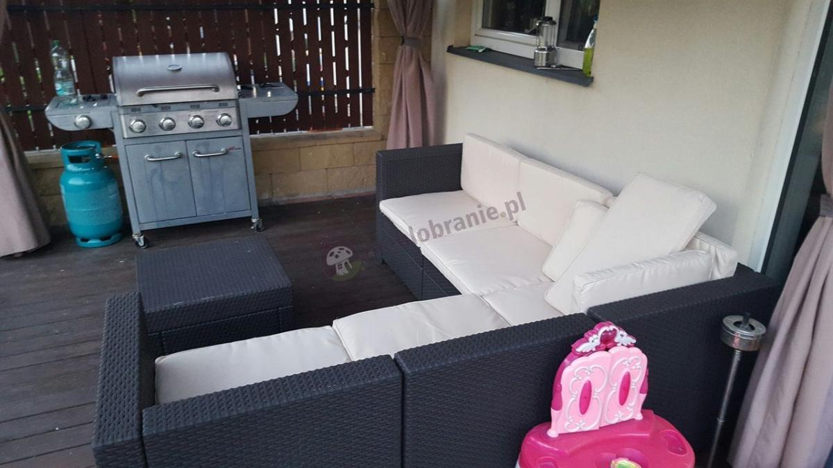 Sofa narożna ogrodowa z poduszkami na siedziska i oparcia