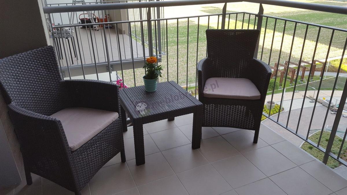 Solidny zestaw balkonowy w niskiej cenie Keter Rosario Balcony Set