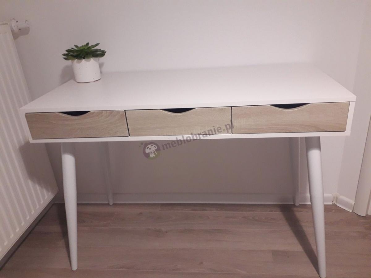 Stabilne drewniane biurko z szufladami białe