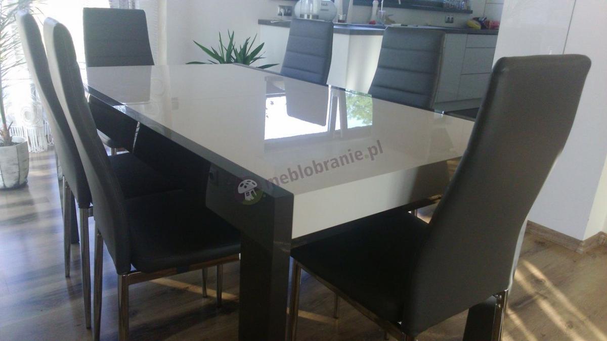 Stół do jadalni z 6 krzesłami idealnie dopasowanymi do aranżacji