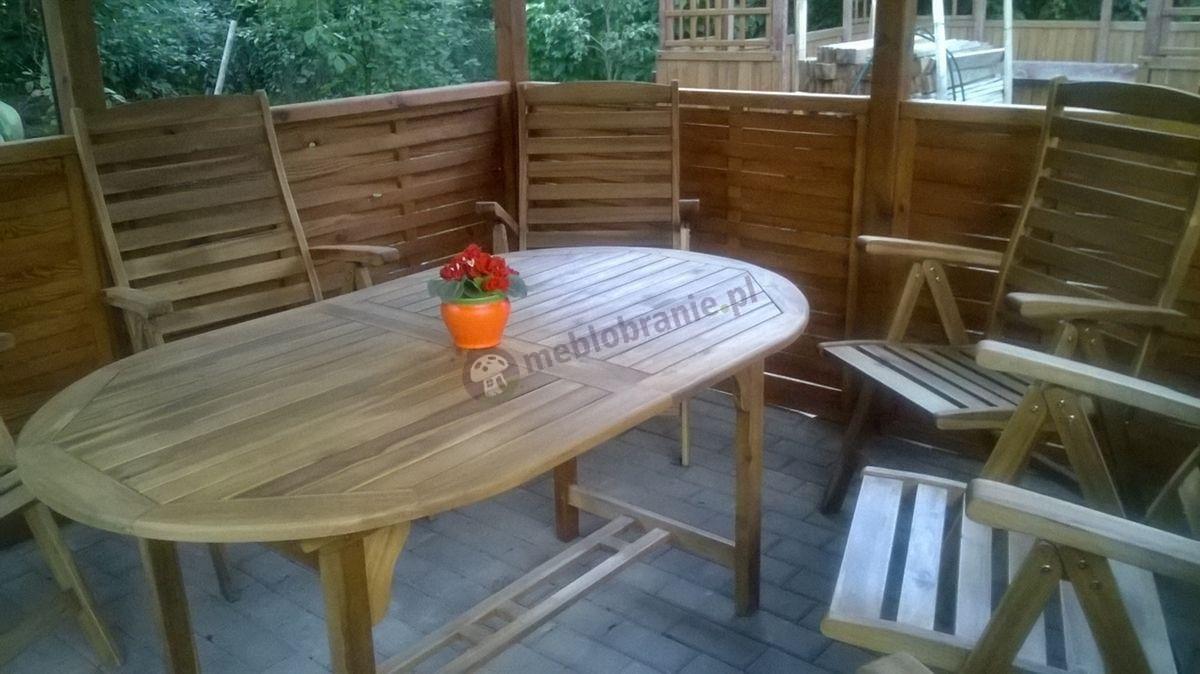 Stół rozkładany owalny drewniany w komplecie z fotelami