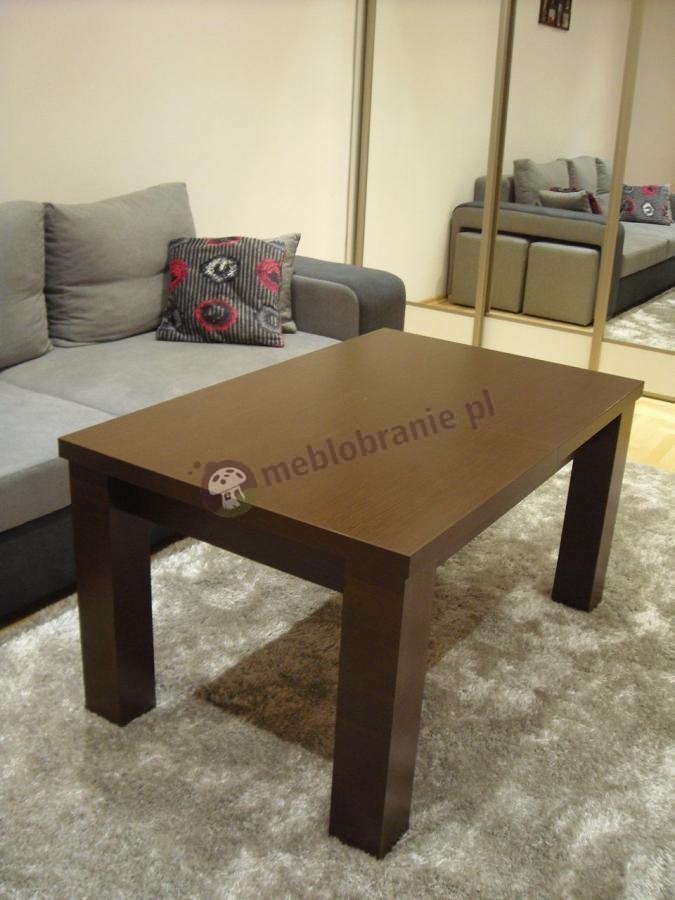 Stolik kawowy rozkładany na stół używany w salonie