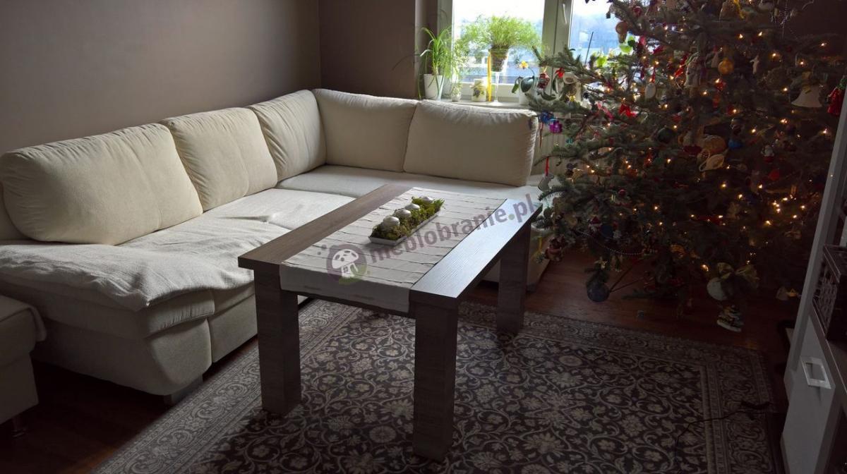 Stolik ława stół Nevada w świątecznej aranżacji