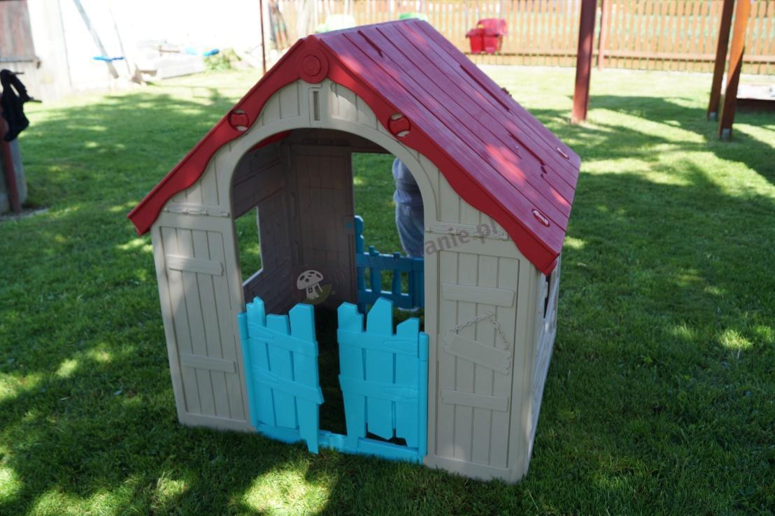 Tani ogrodowy domek dla dzieci w żywych kolorach Keter Foldable Playhouse