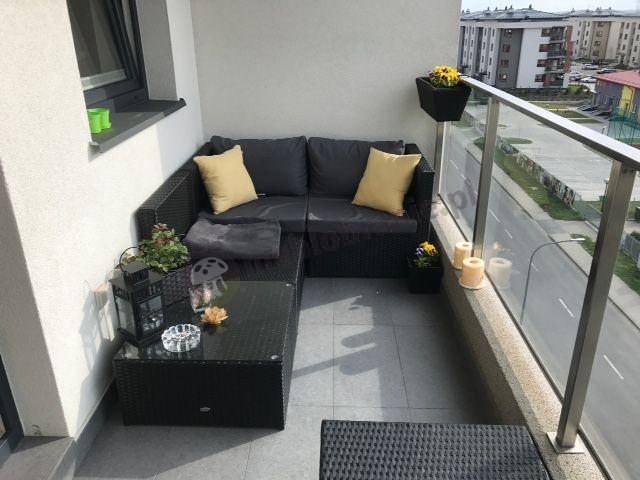 Tani technorattanowy zestaw na balkon ze stolikiem Farlito V
