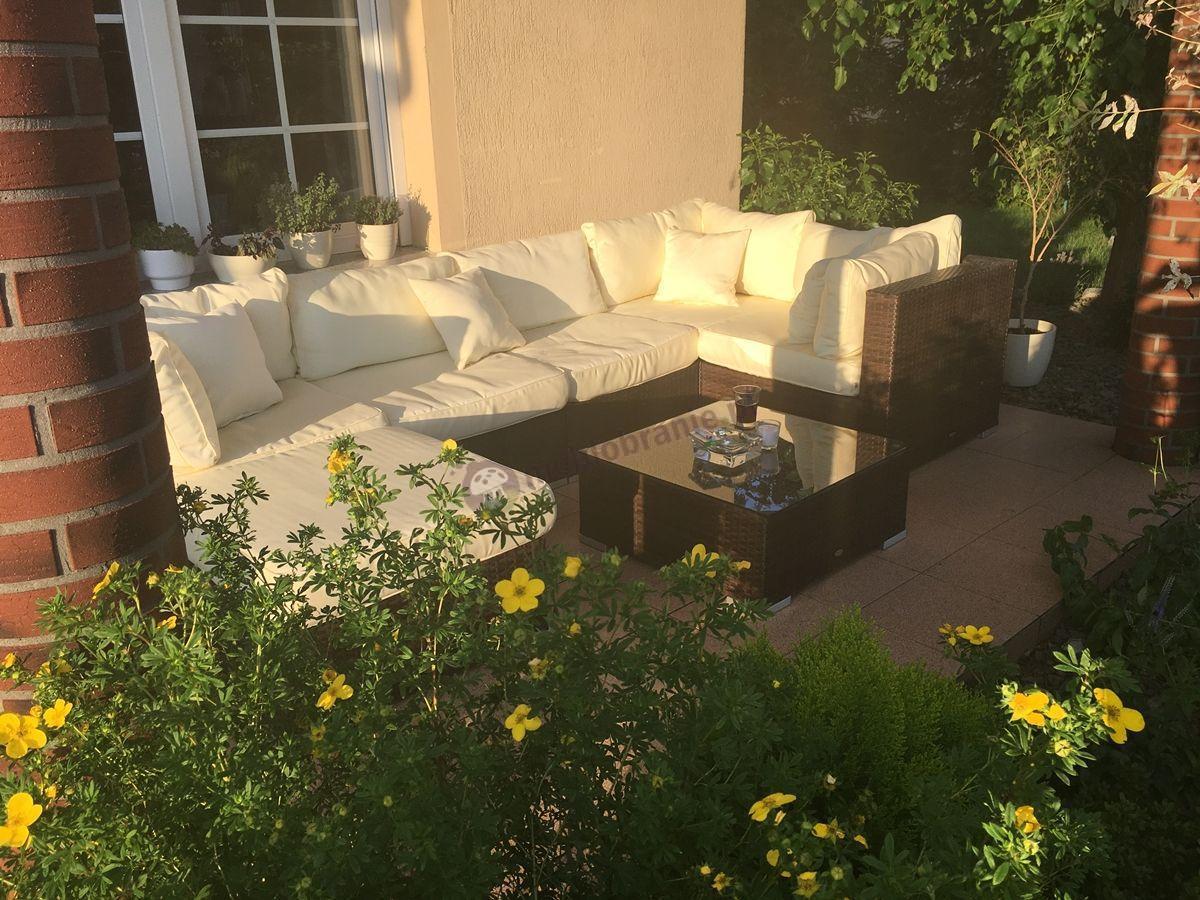 Technorattan meble ogrodowe używane w przydomowym ogrodzie
