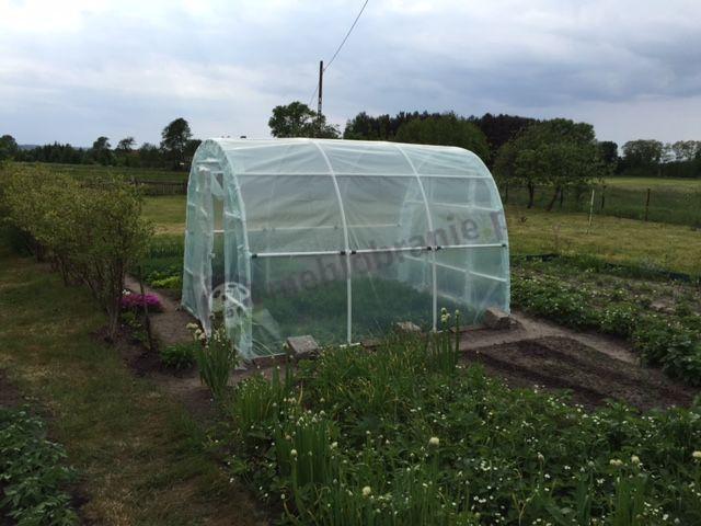 Tunel foliowy używany do hodowli warzyw