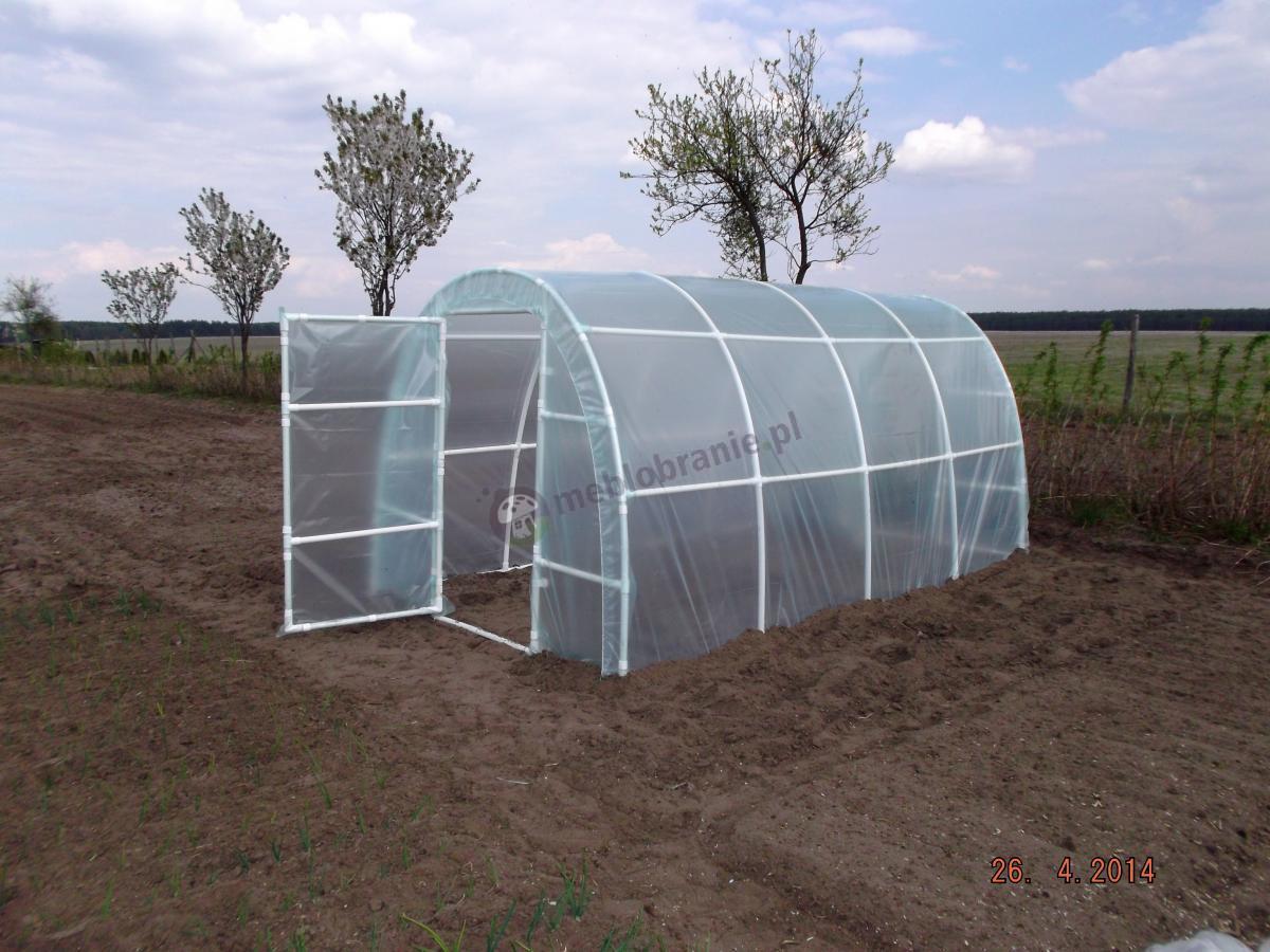 Tunel ogrodniczy Lemar 4x2,2m zamontowany na polu