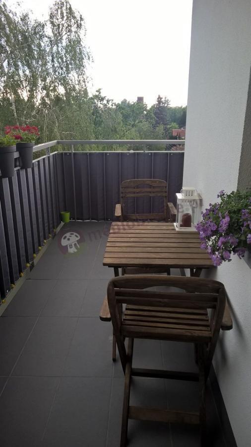 Zestaw balkonowy Warszawa z prawdziwego drewna
