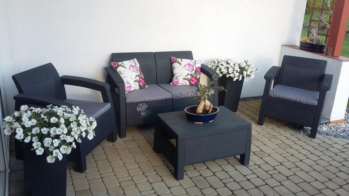Zestaw Corfu Set antracytowy ozdobiony kwiatami