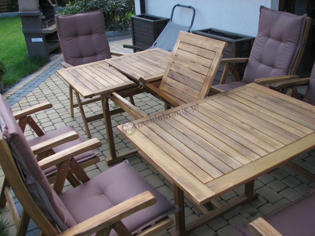 Zestaw mebli ogrodowych drewnianych rozkładany stół i krzesła