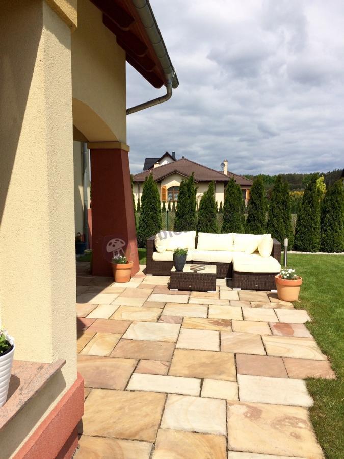 Zestaw mebli ogrodowych z technorattanu sofa i stolik