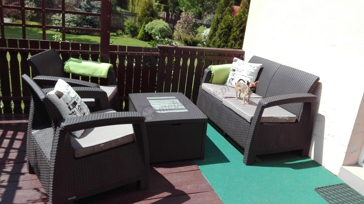 Zestaw ogrodowy Corfu Box Set ze stolikiem skrzynią