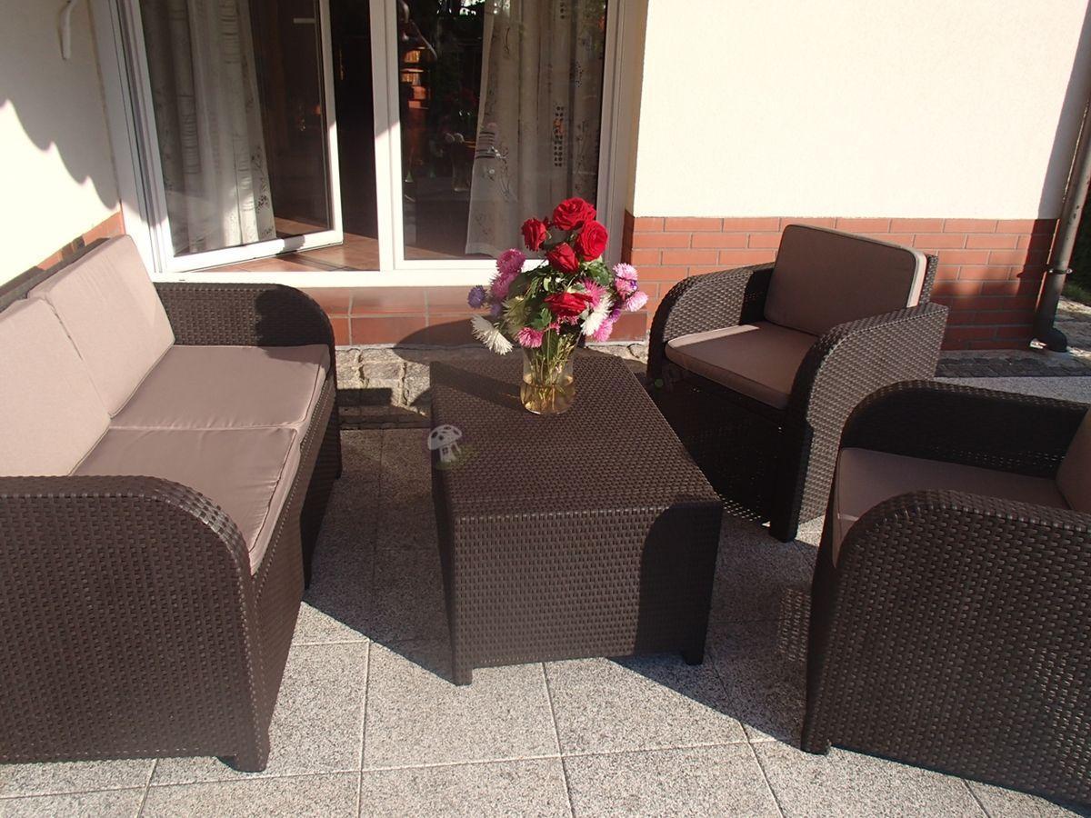 Zestaw ogrodowy Modena Lounge Set na tarasie