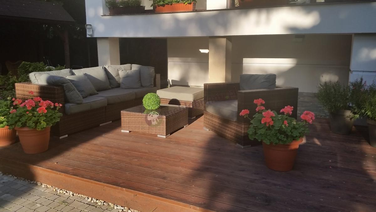 Zestaw ogrodowy ze stolikiem kwadratowym technorattanu luksusowy