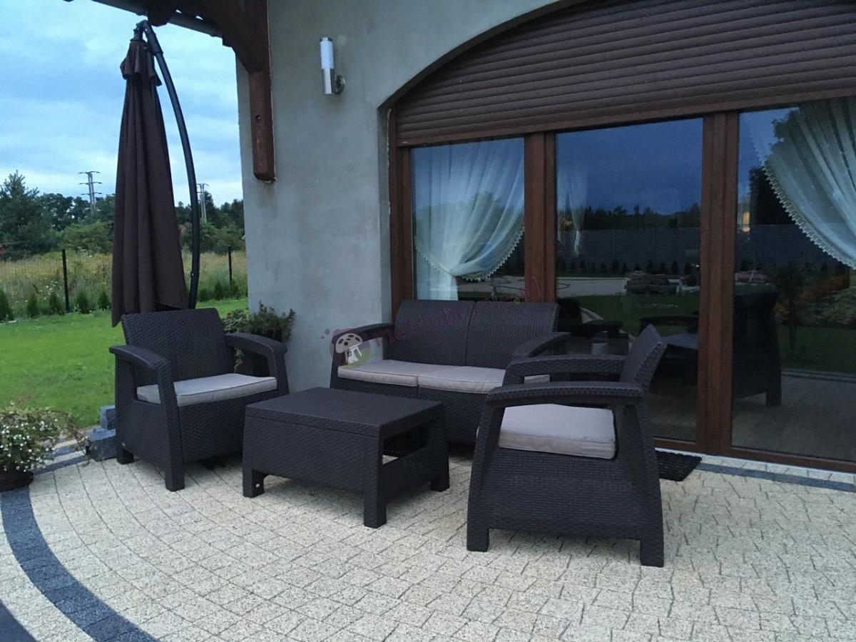 Zestaw wypoczynkowy ogród Corfu Set Curver w kolorze brązowym