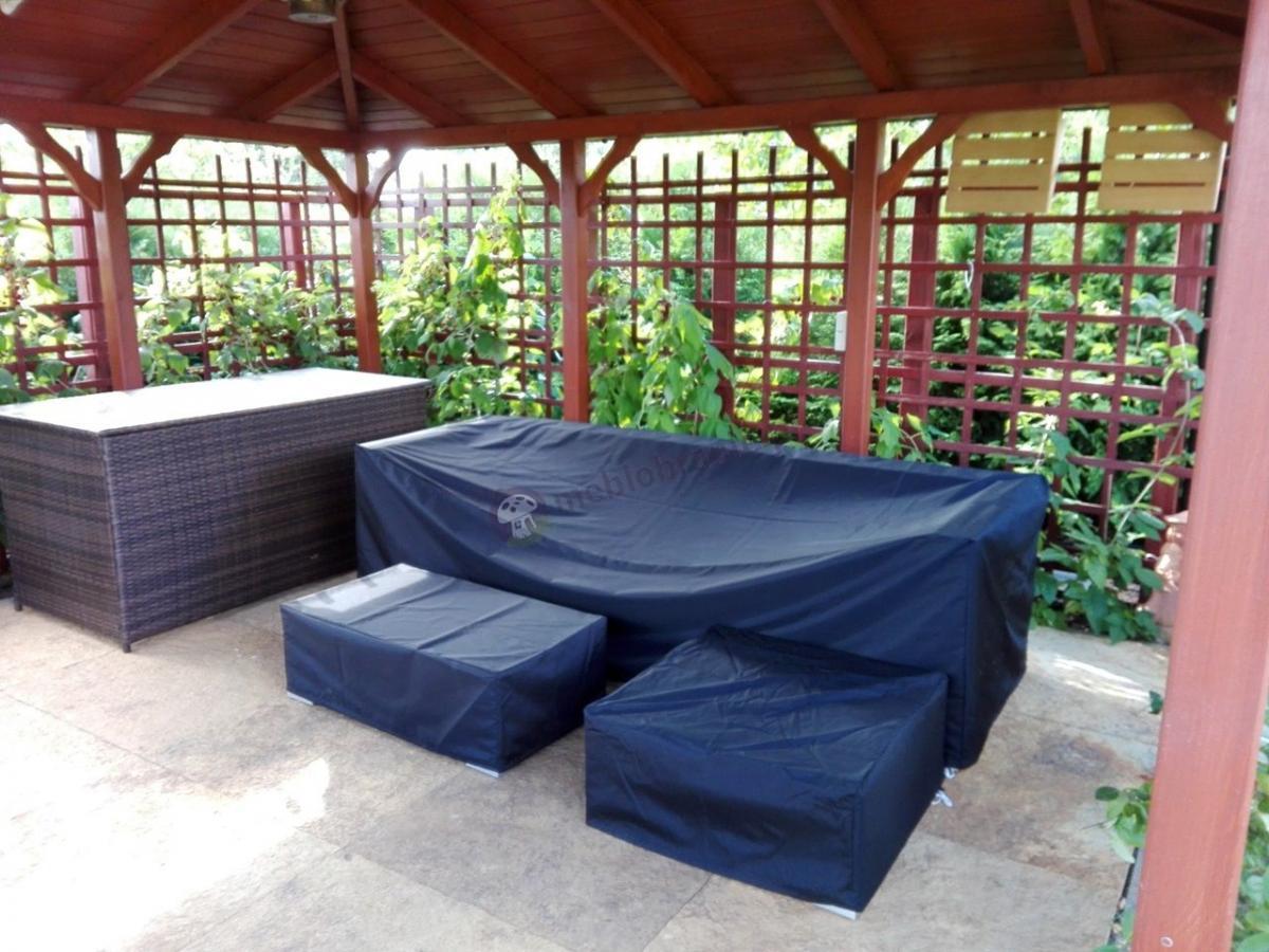 Zestaw wypoczynkowy ogrodowy Nilamito V pod pokrowcem
