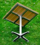 Jasnobrązowy stolik ogrodowy Quattro