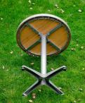 Stolik kawowy Tondo na aluminiowej konstrukcji