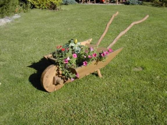 drewniana Taczka na kwiaty EKOMEBEL sklep internetowy