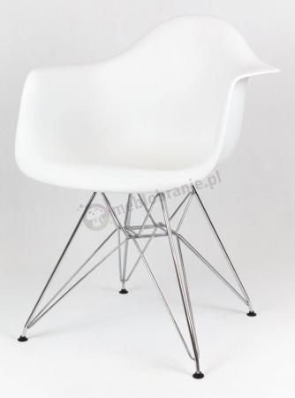 Krzesło białe z metalowymi nogami