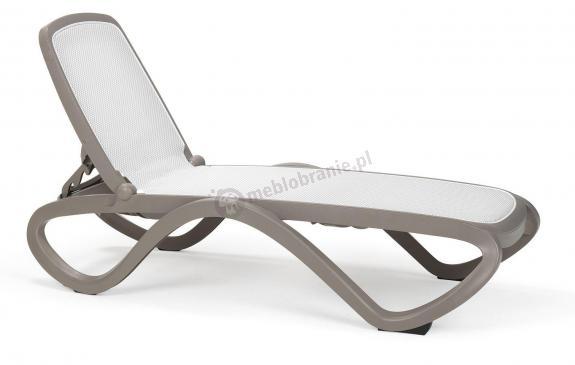 Nardi Omega plastikowy leżak ogrodowy Tortora/Bianco
