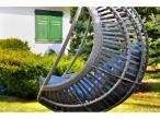 Kokon Bellissimo nowoczesna huśtawka ogrodowa technorattan - widok od boku