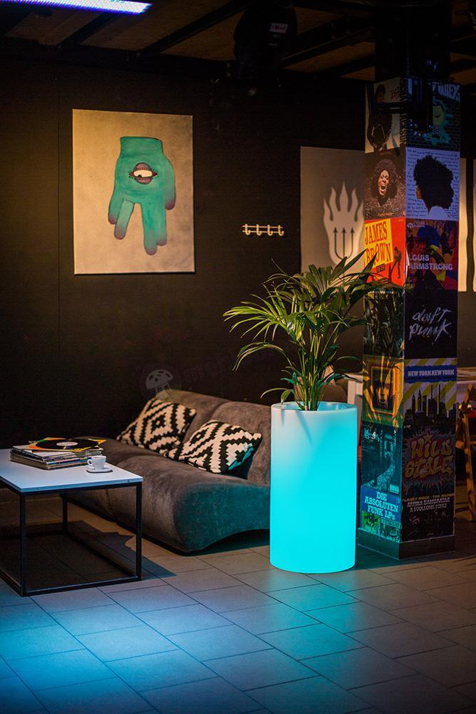 Donica Tilla podświetlana LED RGB
