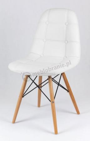 Białe krzesło na drewnianych nogach KS008