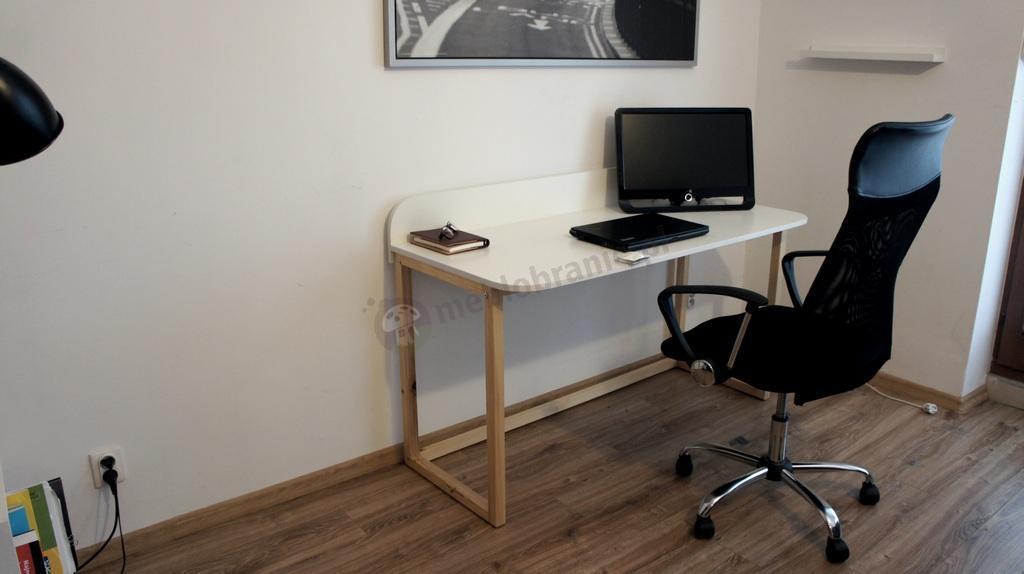 Biurko w stylu skandynawskim - aranżacja wnętrza
