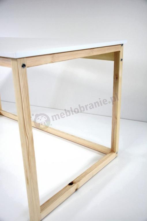Białe biurko w stylu skandynawskim - detale