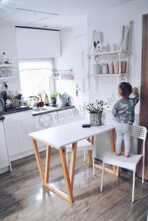Biały stół drewniany w stylu skandynawskim ST-V 120 cm
