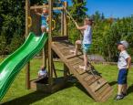 Drewniany plac zabaw dla dzieci z rampą Fungoo Funny 3