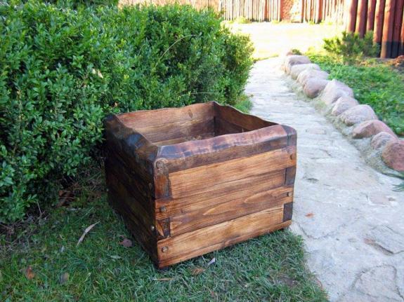 Donica drewniana kwadratowa