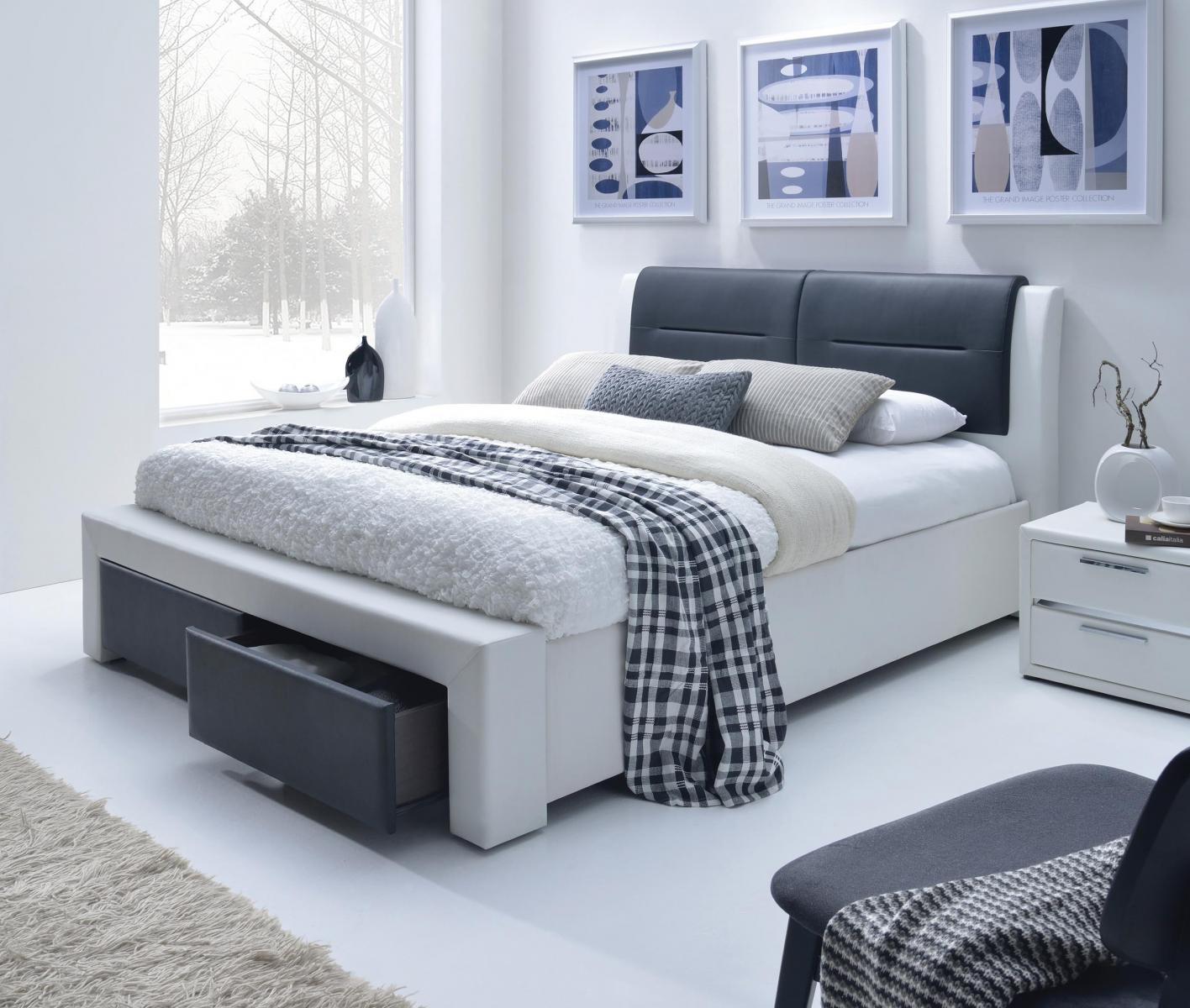 Tapicerowane łóżko z zagłówkiem Cassandra S 140cm