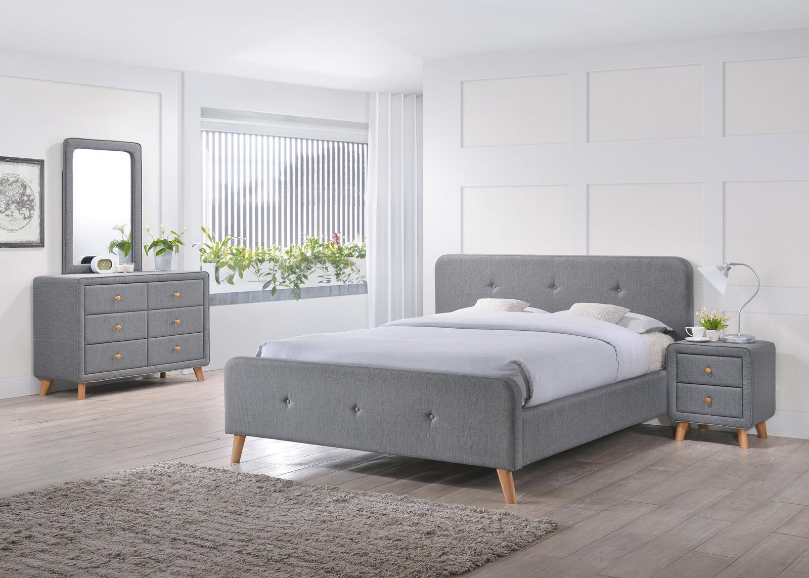 Tapicerowane łóżko z zagłówkiem Malmo