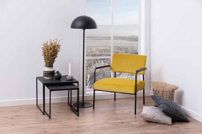 Krzesło Cloe żółte w salonie