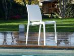 Maya White krzesło bankietowe proste z tworzywa - stylowa forma